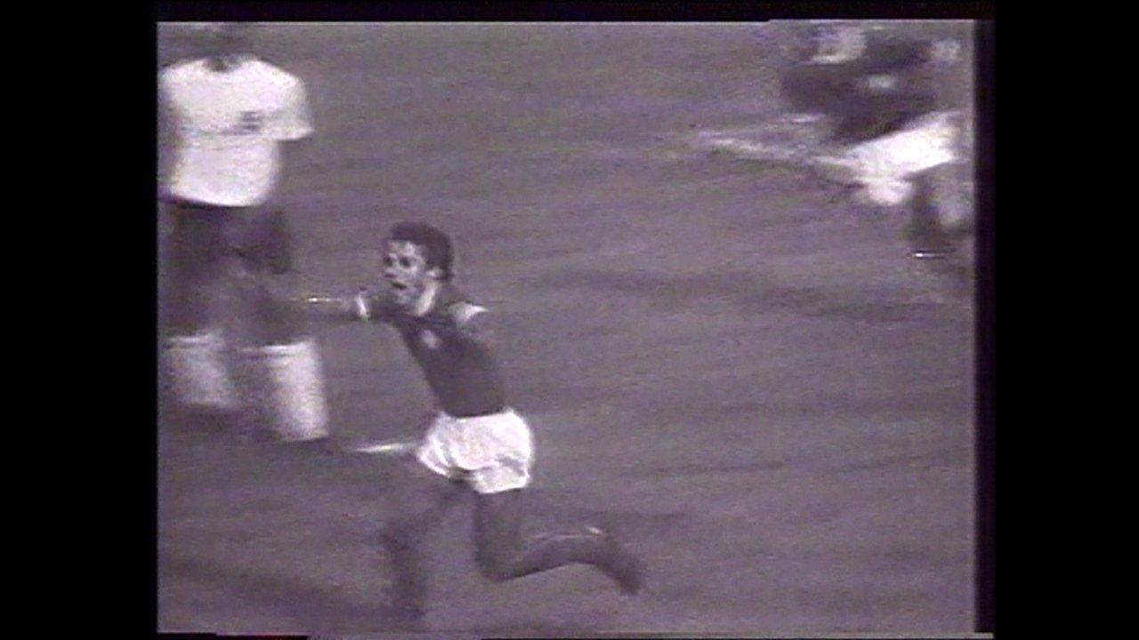 Em 1974, Palmeiras vence Corinthians por 1 a 0 e é campeão paulista