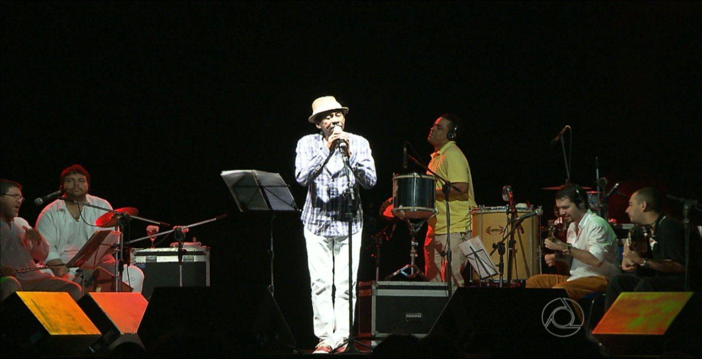 Luiz Melodia faz show em comemoração aos 429 anos de João Pessoa, no Espaço Cultural