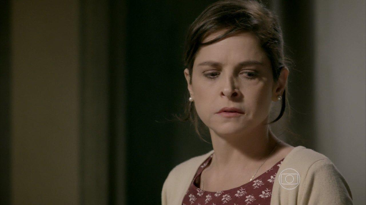 Império - Capítulo de quinta-feira, dia 14/08/2014, na íntegra - Cora reclama com Cristina do dinheiro que ela acertou com Maria Marta