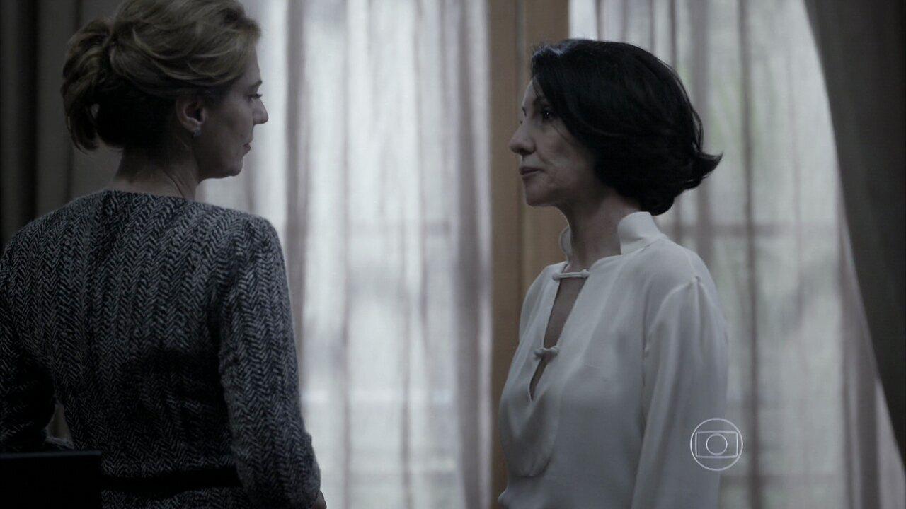 Capítulo de 02/09/2014 - Gilda pede para Angela adiar a entrega do dossiê