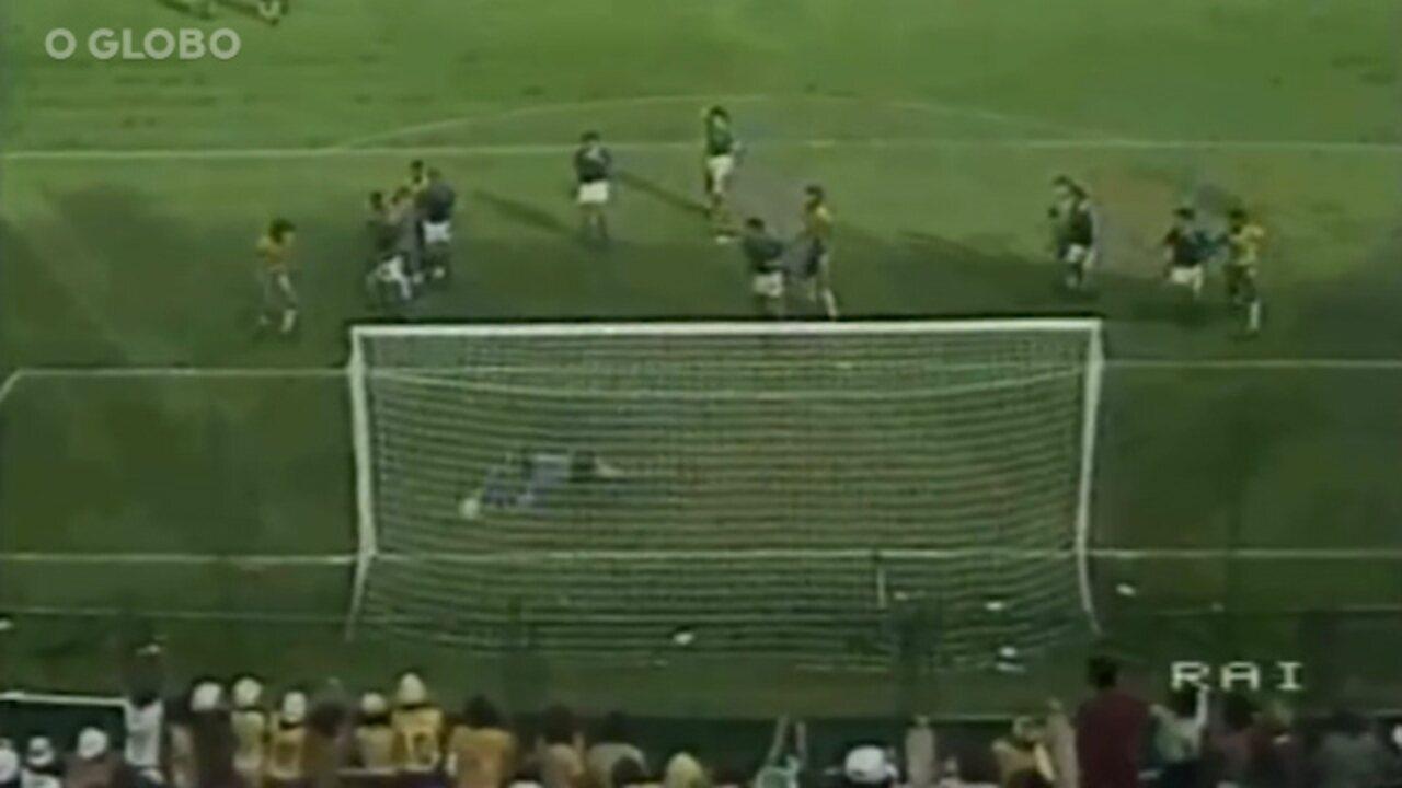 Zoff diz que fez em 1982, contra o Brasil, a defesa de sua vida
