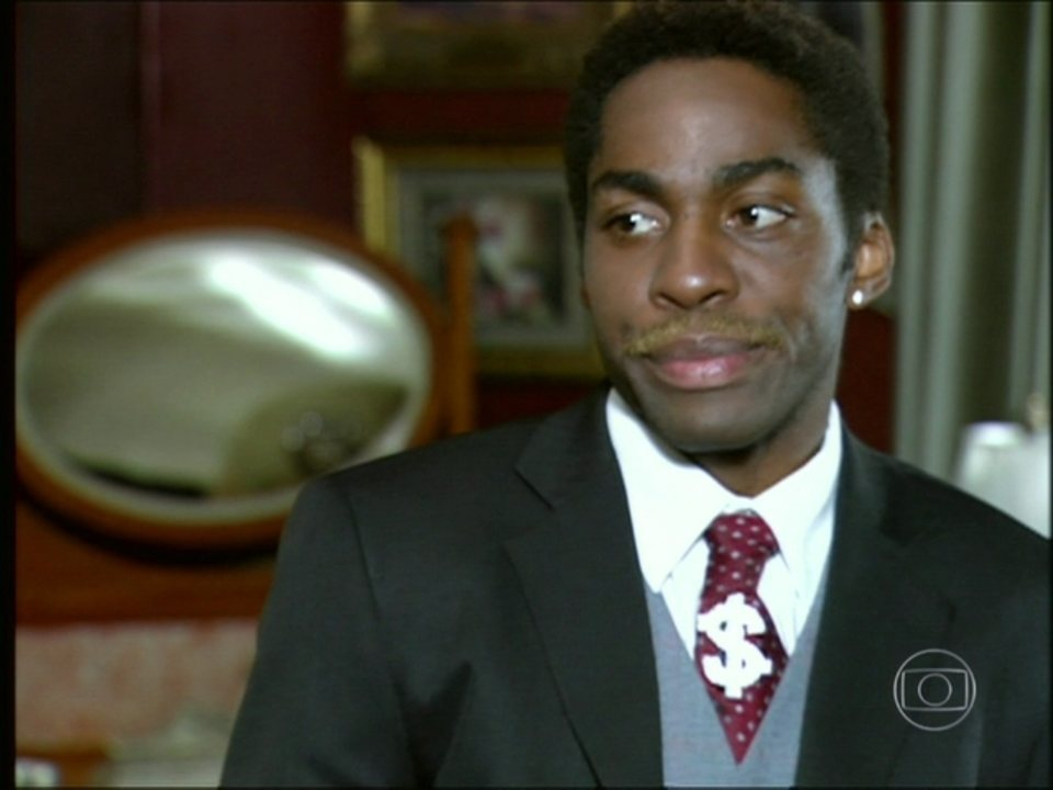 Cobras & Lagartos - Capítulo de segunda-feira, dia 29/12/2014, na íntegra - Ellen obriga Foguinho a aceitar a venda da Luxus