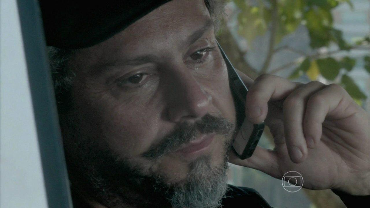 Império - Capítulo de segunda-feira, dia 05/01/2015, na íntegra - José Alfredo conhece seus netos