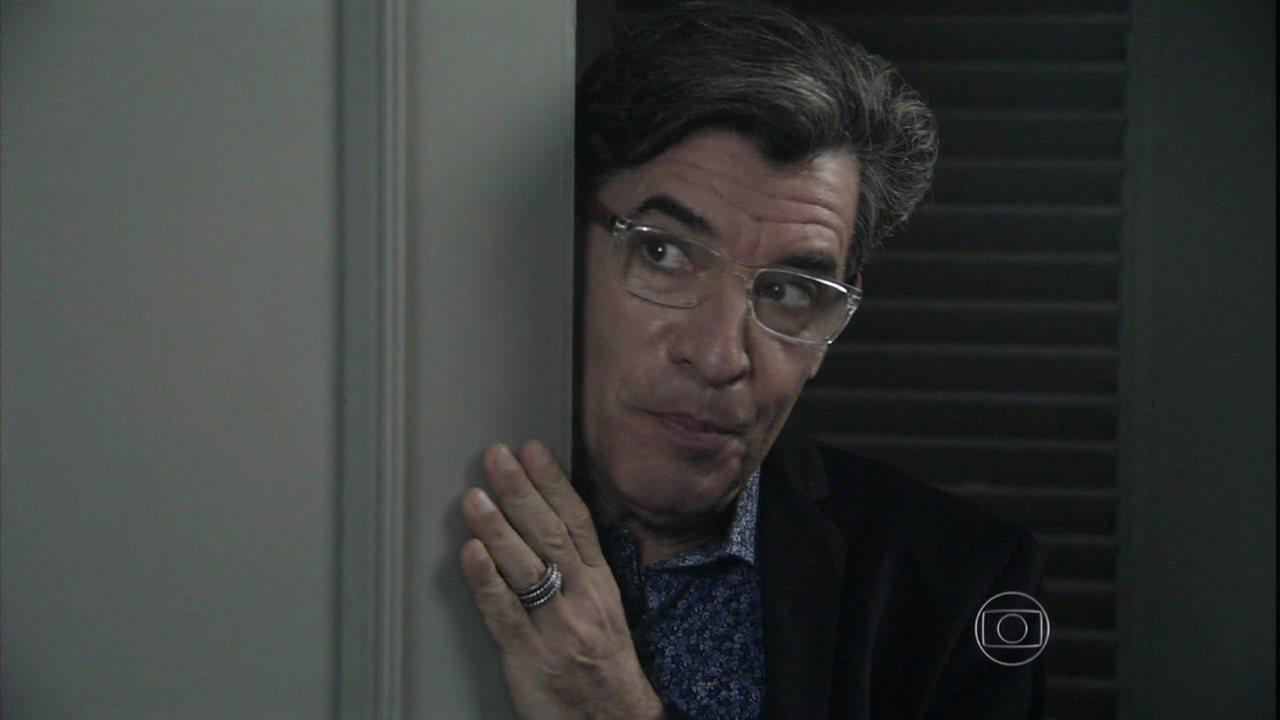 Império - Capítulo de quinta-feira, dia 05/02/2015, na íntegra - Téo conta a Maurílio que Silviano é ex-marido de Marta