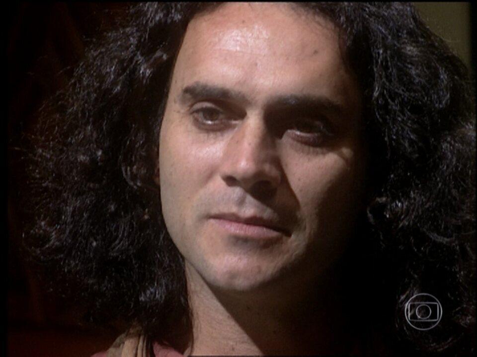 O Rei do Gado - capítulo de segunda-feira, dia 09/03/15, na íntegra - Bruno e Aparício se enfrentam