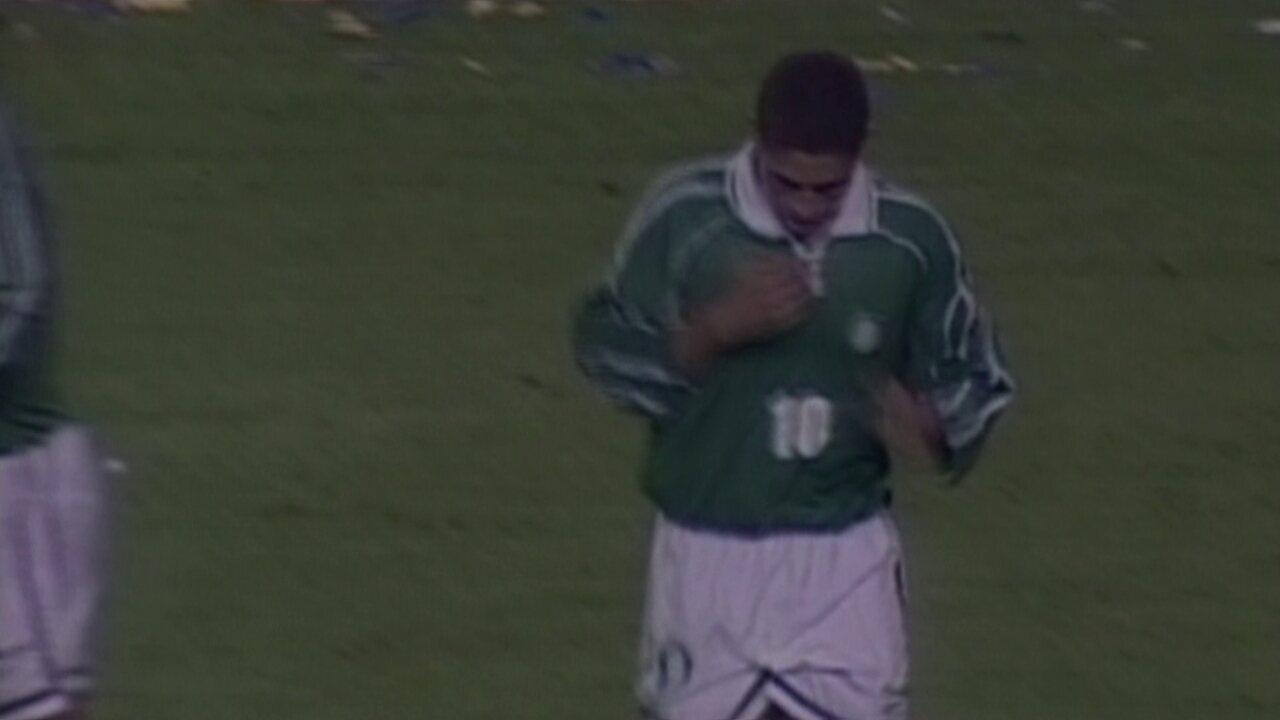 Em 2001, Palmeiras empata com o Boca Juniors por 2 a 2 pela Libertadores