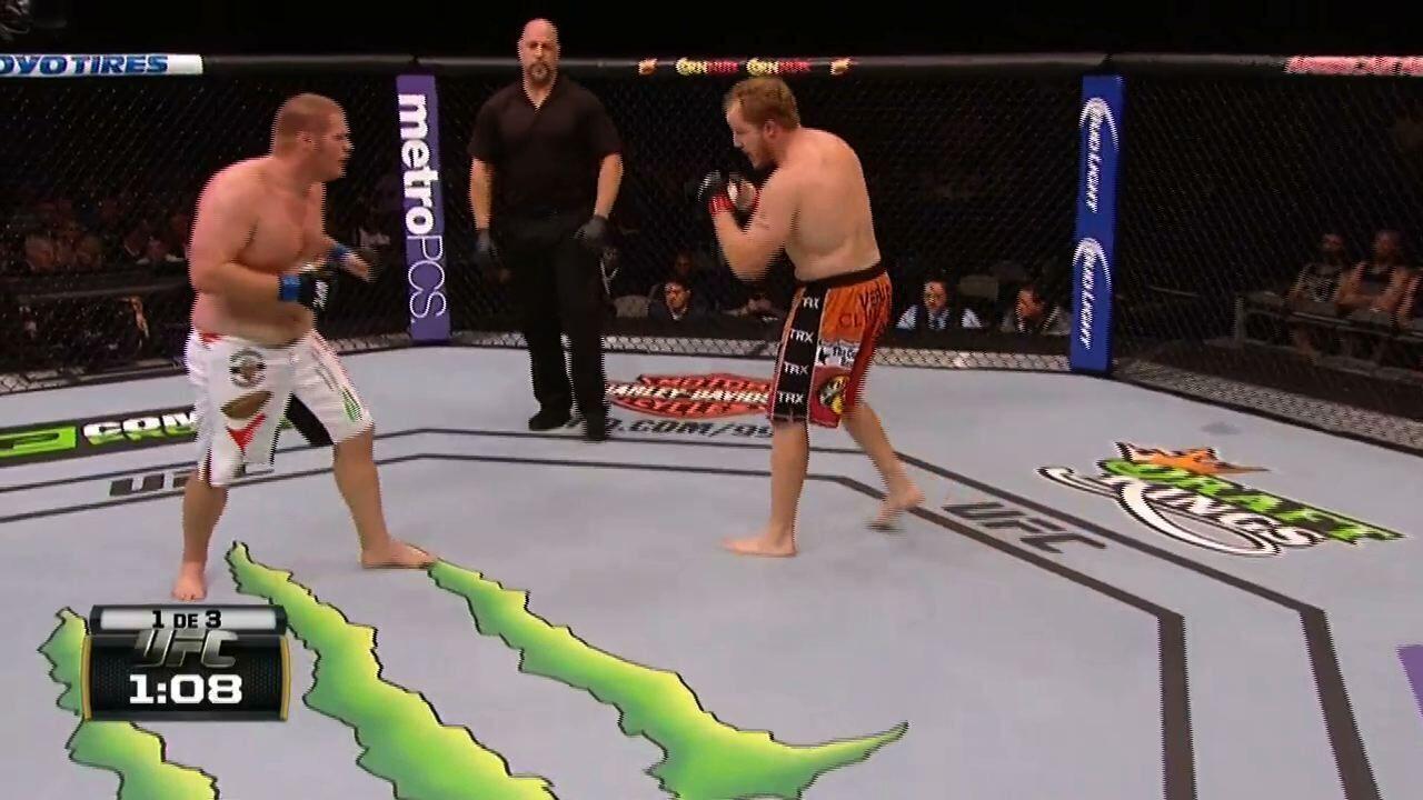 UFC 185 - Jared Rosholt x Josh Copeland
