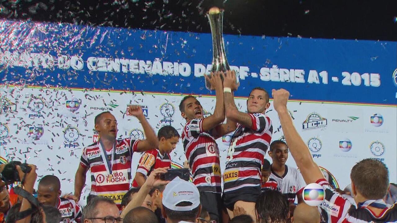 Santa Cruz vence o Salgueiro, por 1 a 0, e comemora título de campeão pernambucano