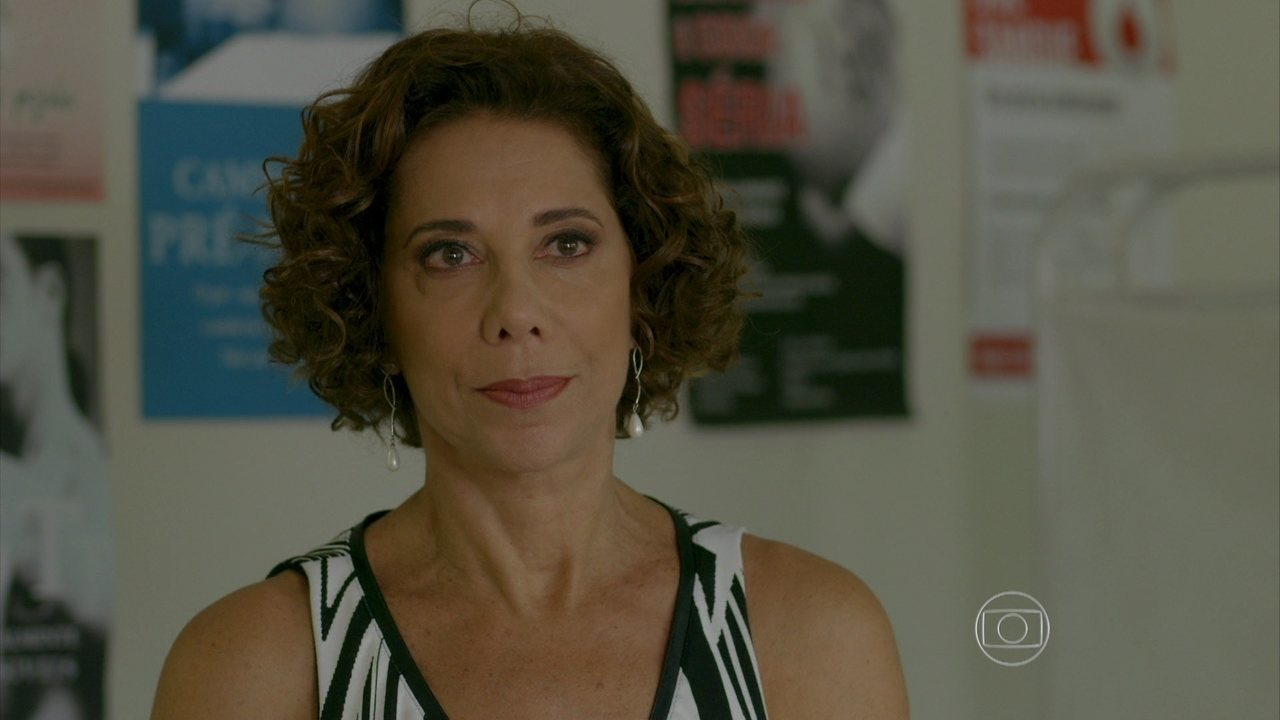 I Love Paraisópolis - capítulo de segunda-feira, dia 31/08/2015, na íntegra - Clarice pede a separação definitiva para Tomás