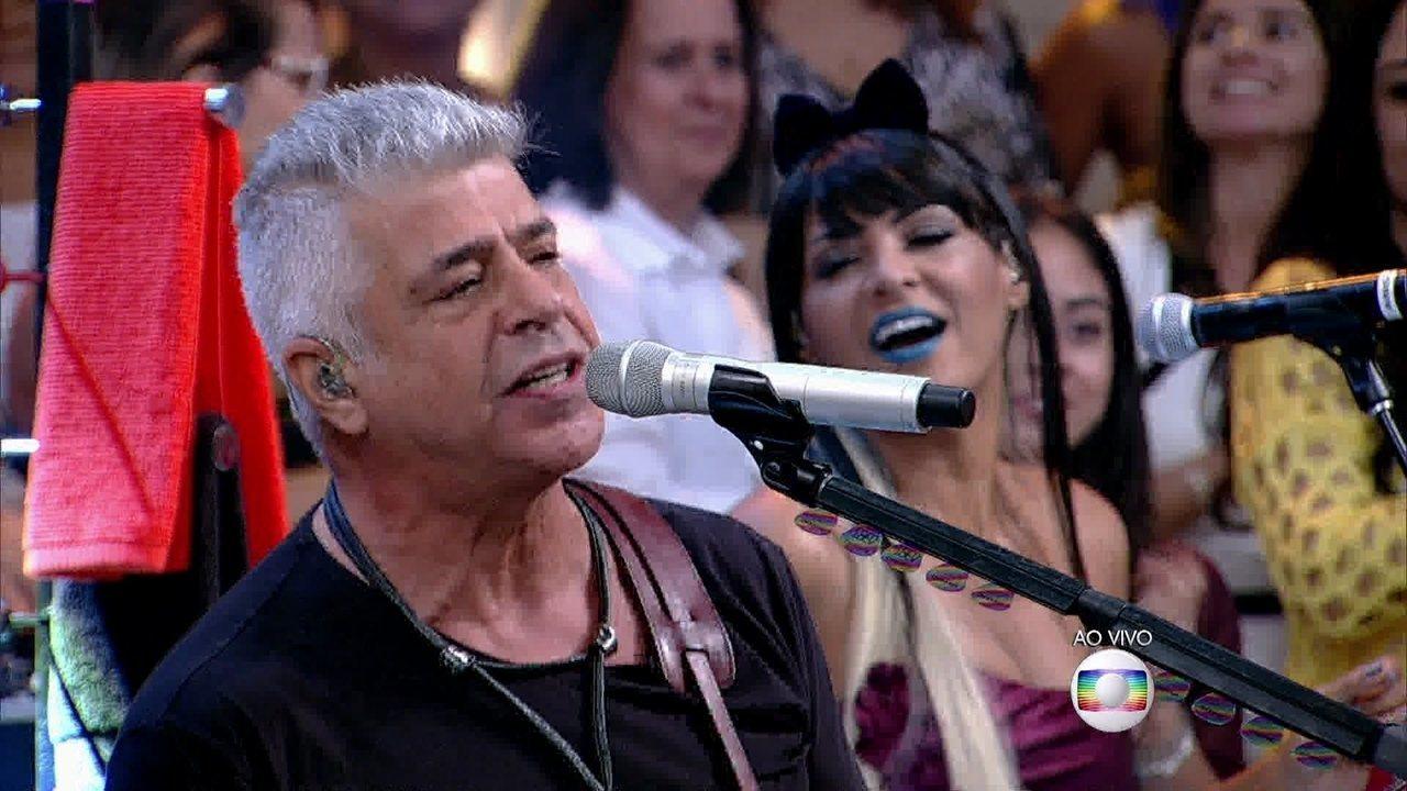 Lair Rennó canta 'O Sócio do Amor' ao lado de Lulu Santos