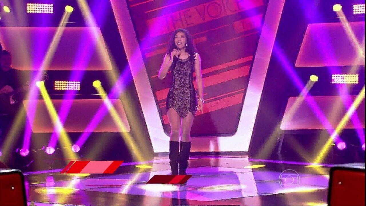 Adna Souza canta 'Suíte 14' atrás da cortina e está no time Michel Teló