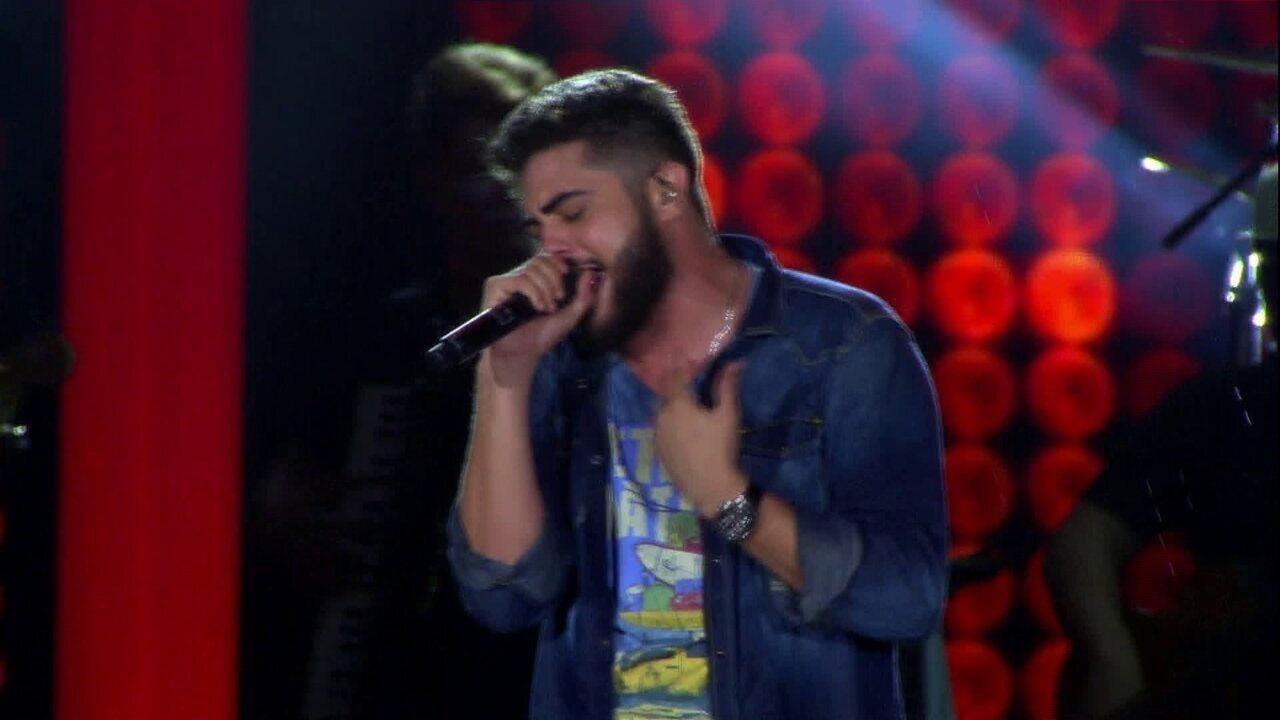 """Henrique e Juliano encerram o show com """"Não tô Valendo Nada"""""""