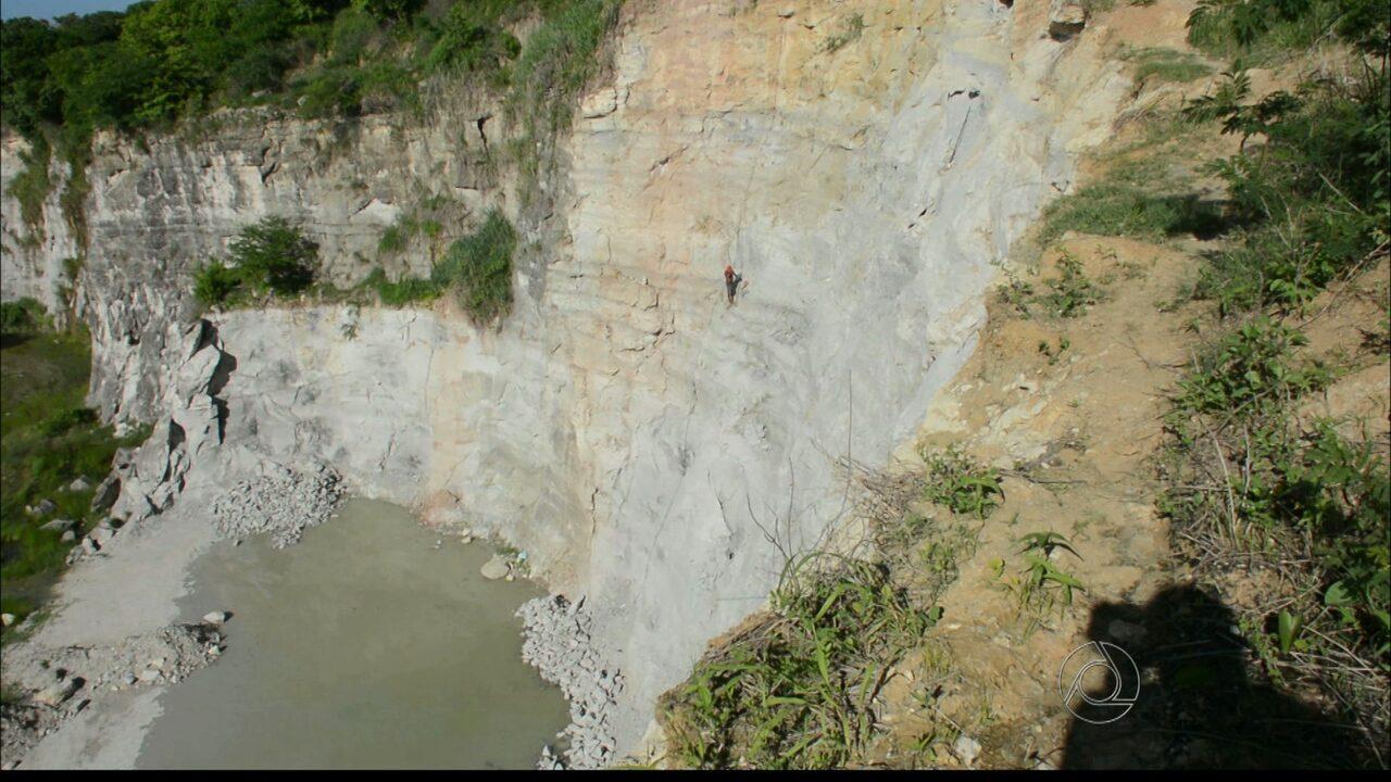 Flagrante: trabalhadores em situação de risco numa pedreira da Capital