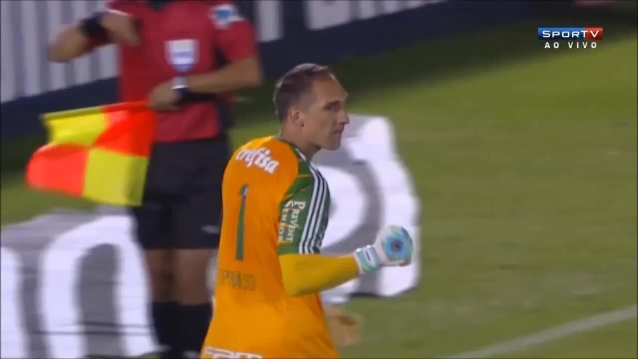 Fernando Prass defende cobrança de Fernandez