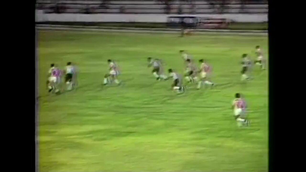 Em 1989, Nivaldo marca gol aos 8 segundos de jogo