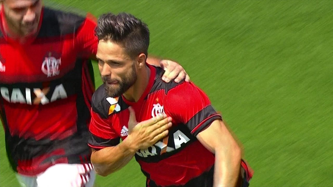 Gol do Flamengo! Diego bete penalidade e amplia, aos 25 do 2º tempo