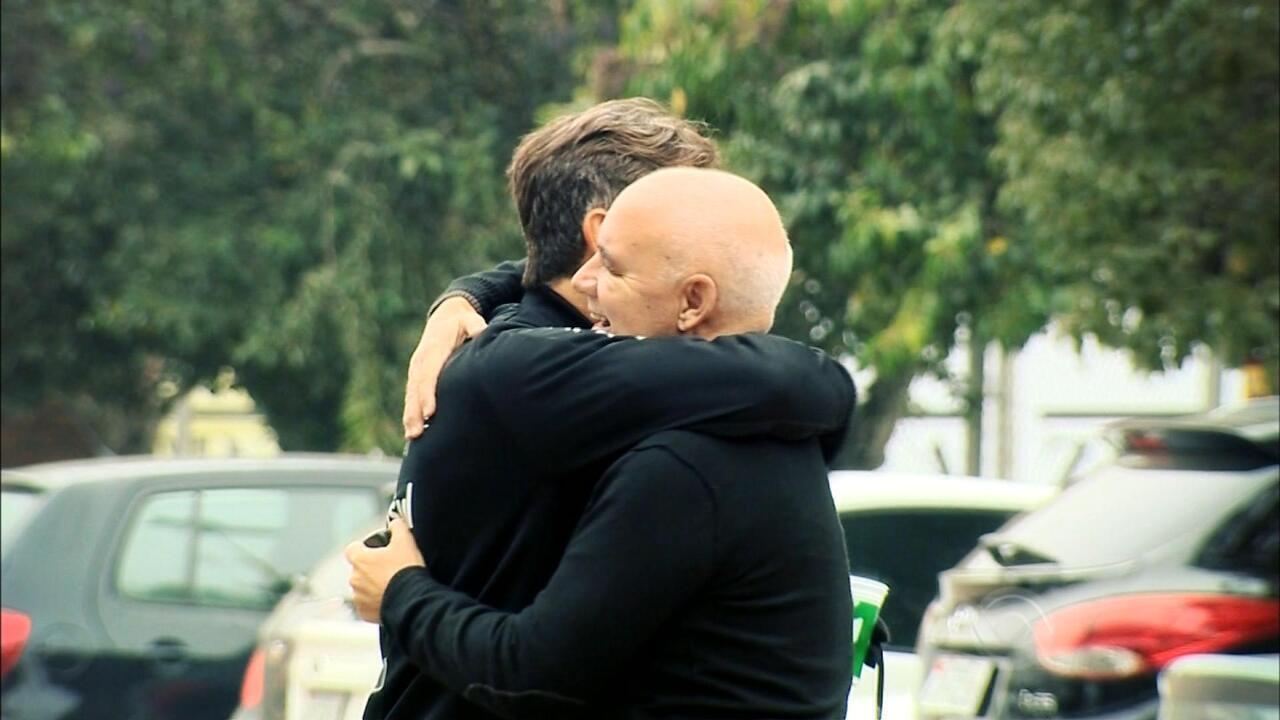 Valdir Espinosa fala da relação de pai para filho com Renato