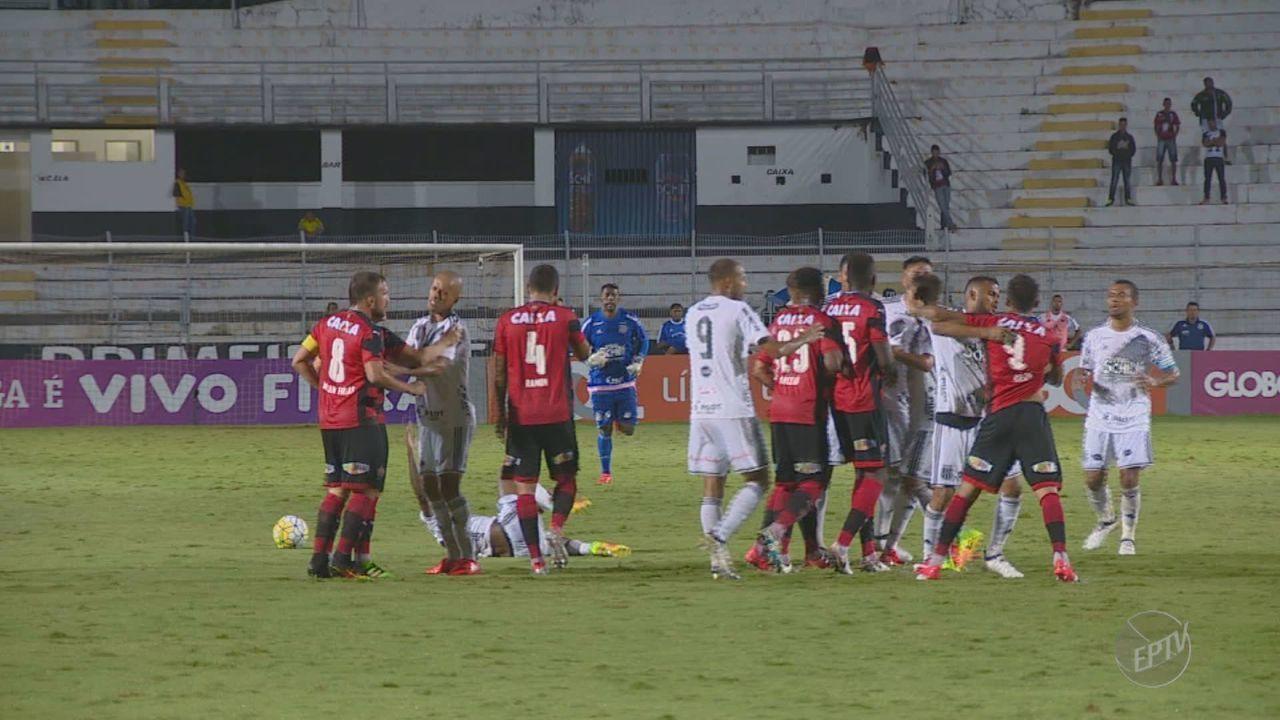 Ponte Preta vence o Vitória por 2 a 0