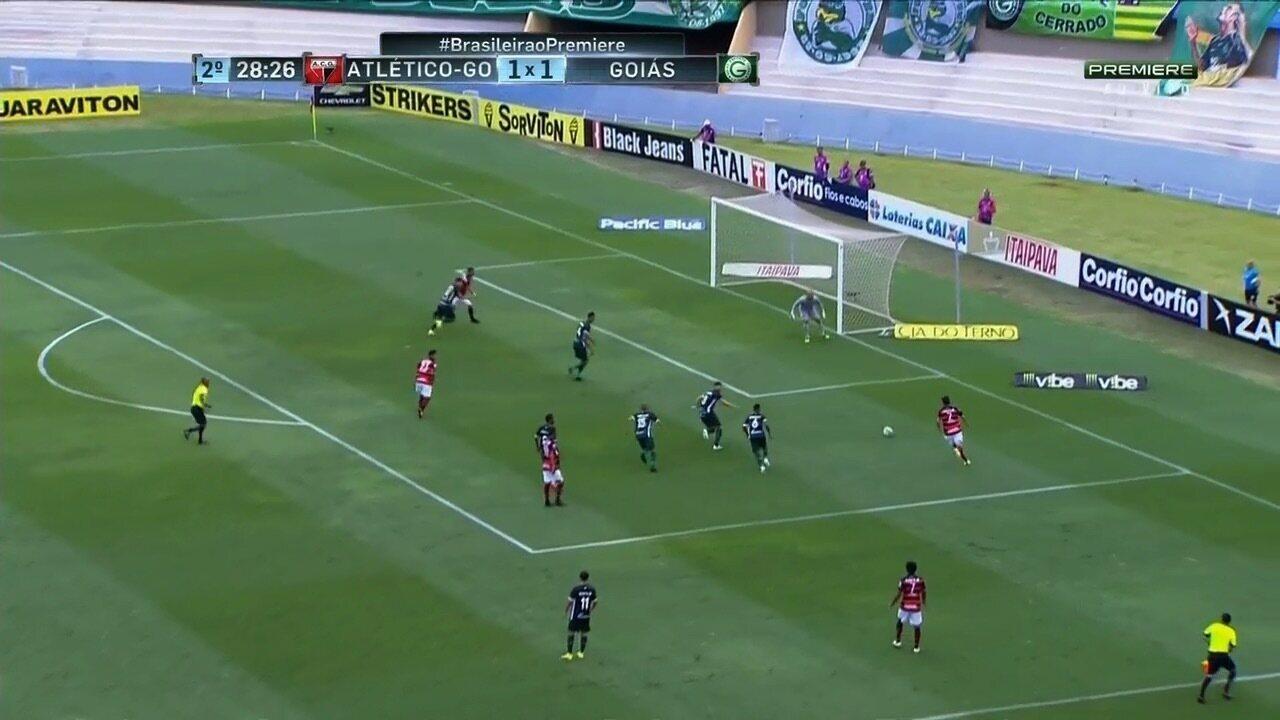Melhores Momentos de Atlético-GO 4 x 2 Goiás - 34ª rodada da Série B