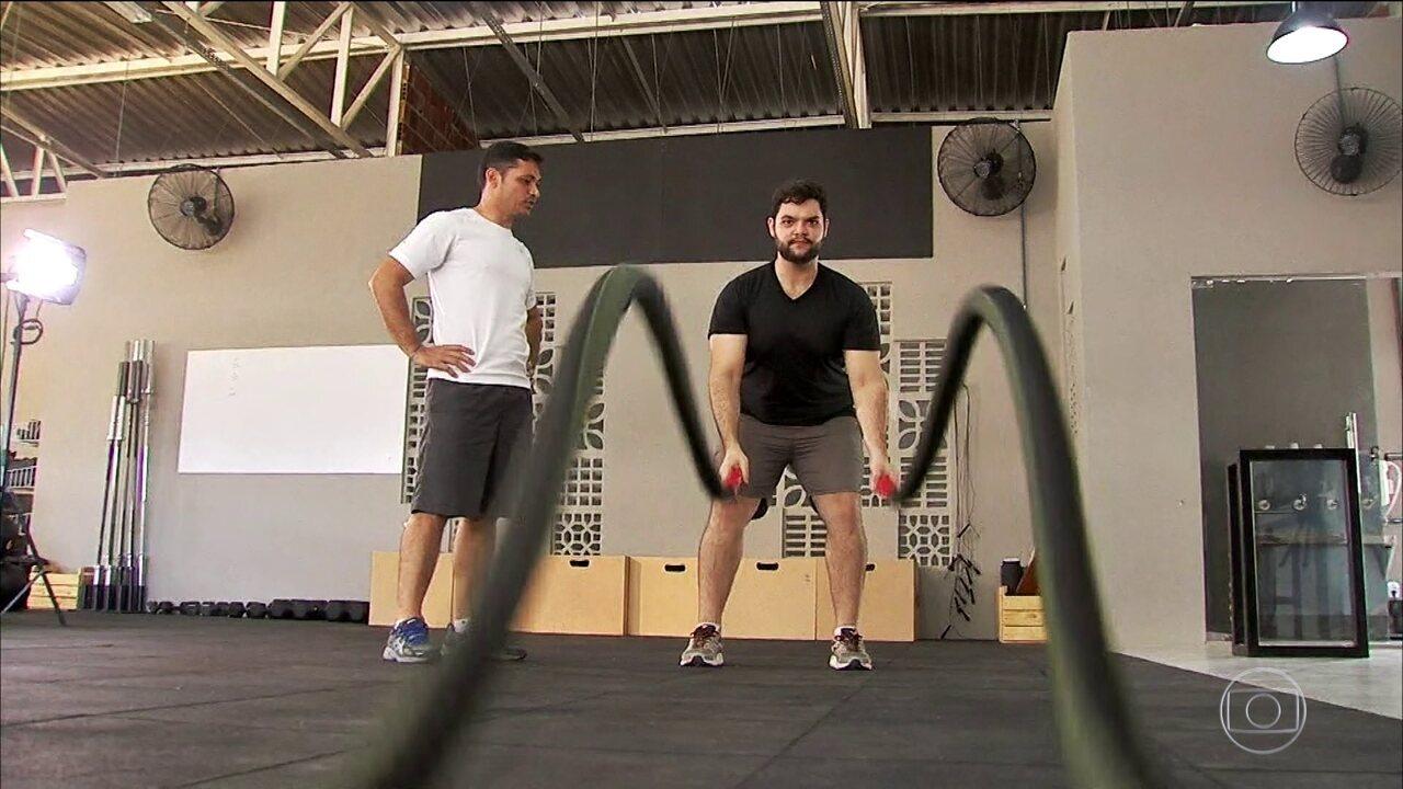 Atividade física ajuda jovem que engordou 50 quilos a dar a volta por cima