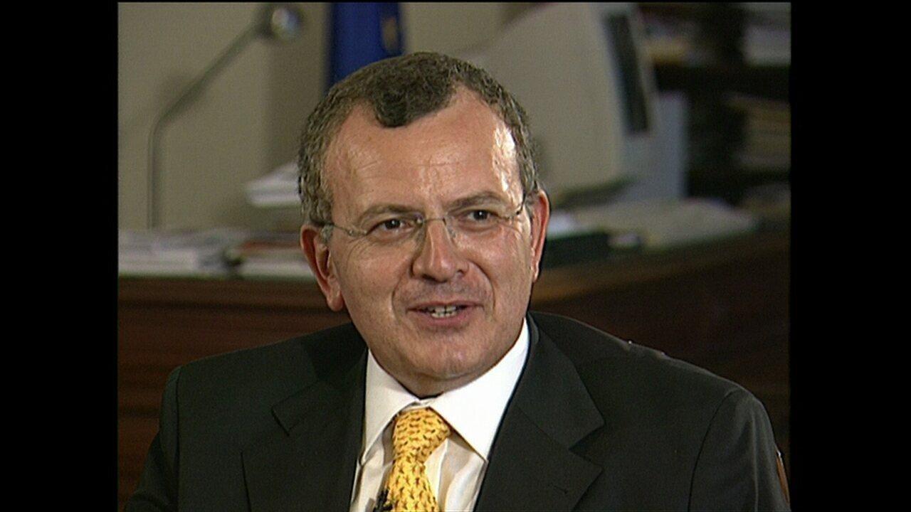 Polícia confirma que carro achado carbonizado era mesmo de embaixador grego desaparecido