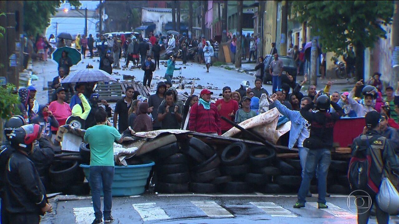 Reintegração de posse de área particular em São Mateus termina em confronto