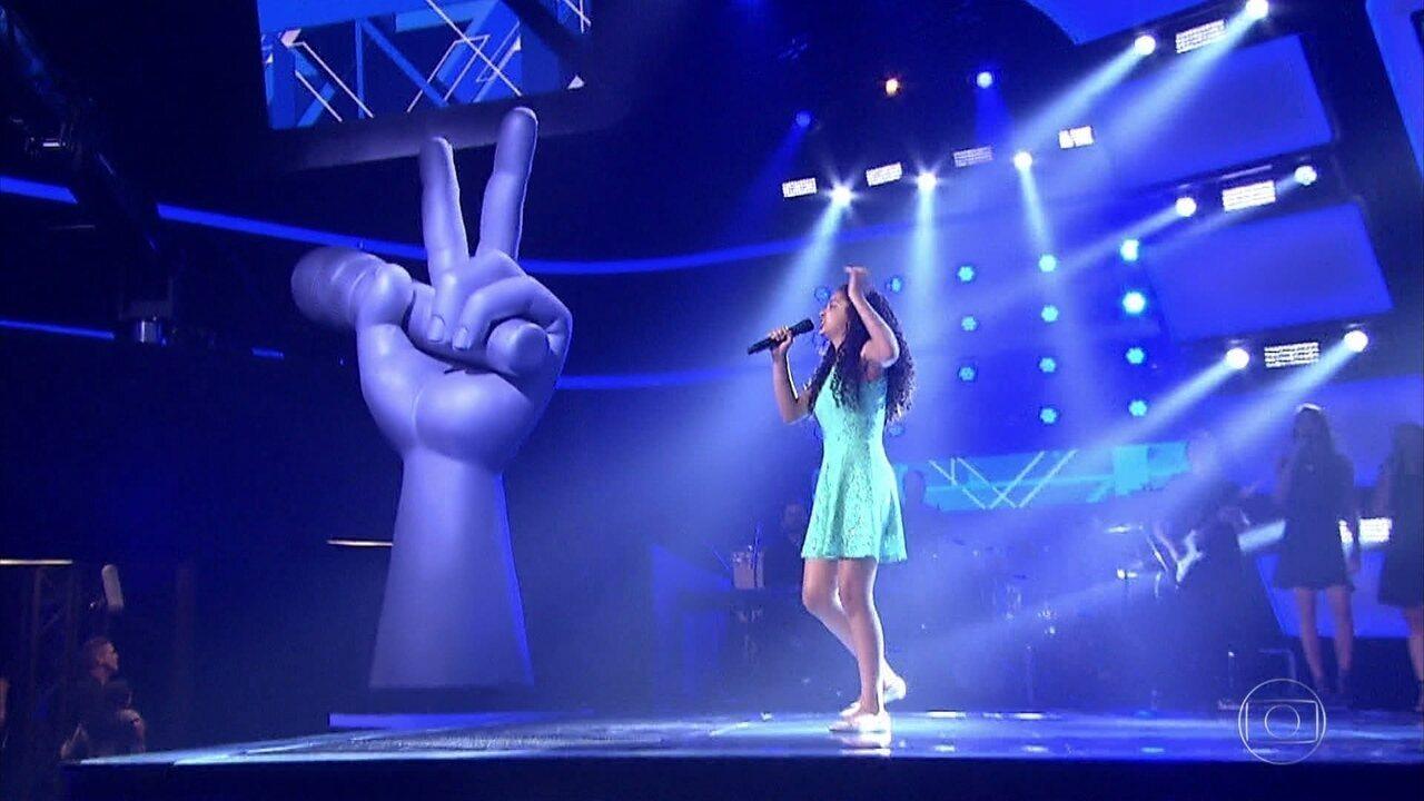 Laura Castro canta 'Apologize'