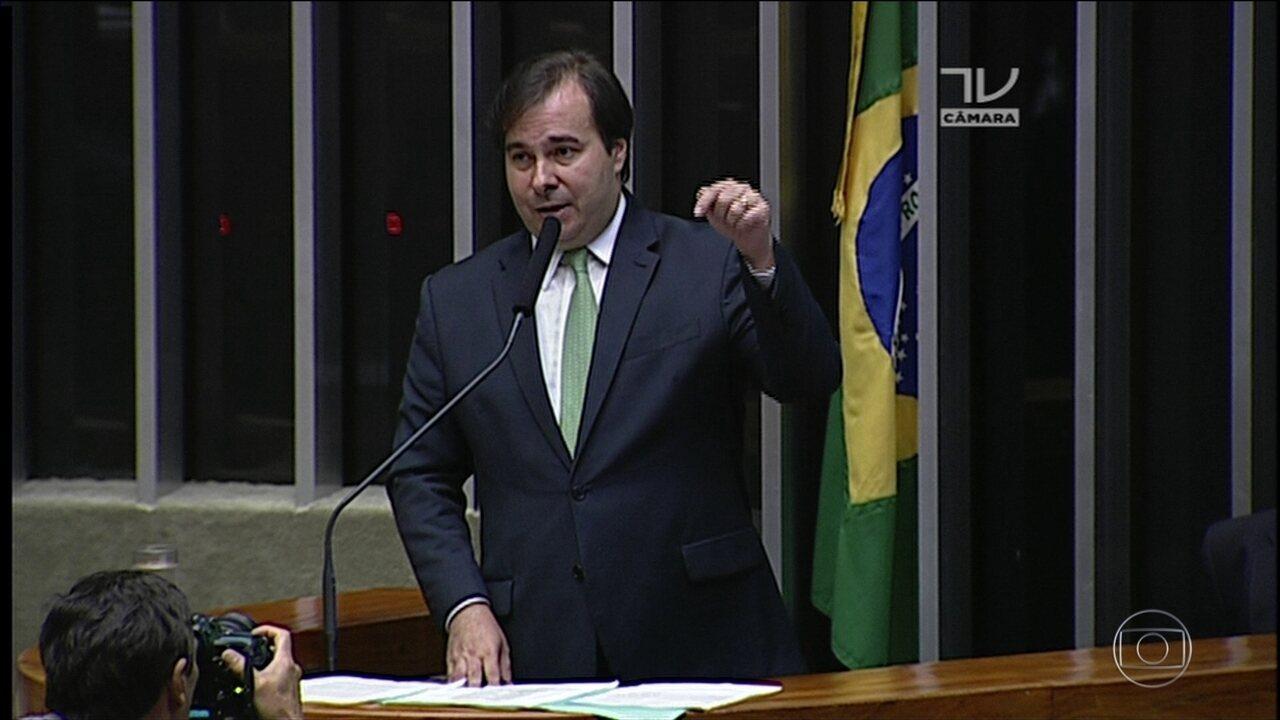 Rodrigo Maia (DEM-RJ) é reeleito para a presidência da Câmara