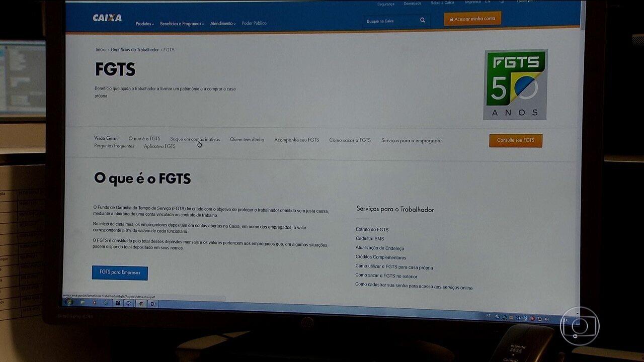 Agências da Caixa abrem mais cedo para informar sobre saques do FGTS