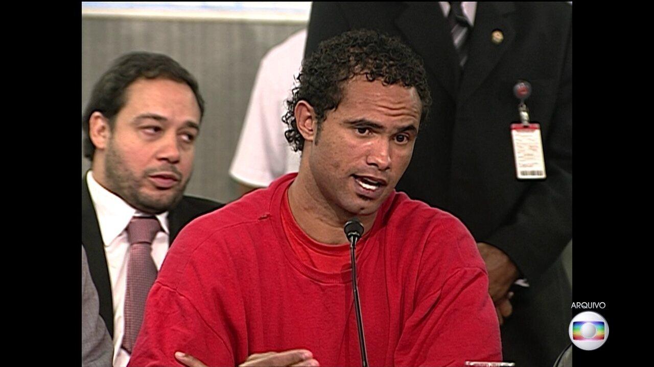 Ministro do STF manda soltar o ex-goleiro Bruno
