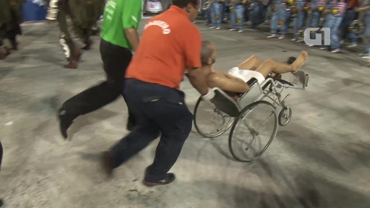 Equipes prestam socorro a vítimas de acidente com carro da Tijuca