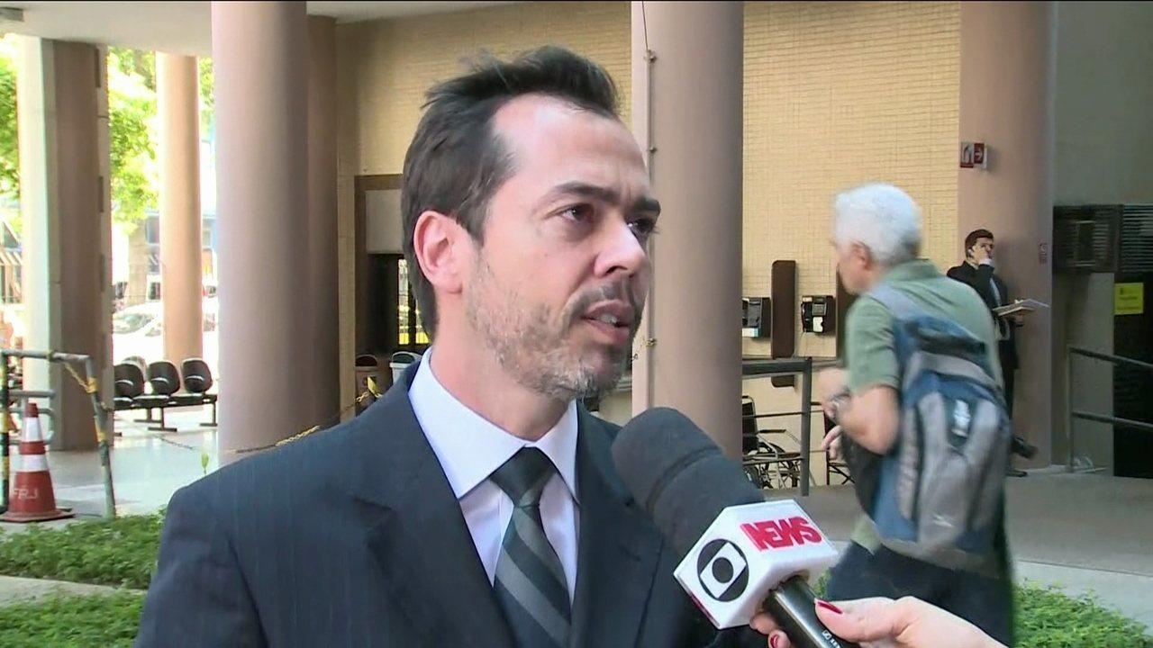 Diretora de Joalheira diz que Cabral comprou joia de R$ 1,8 milhão