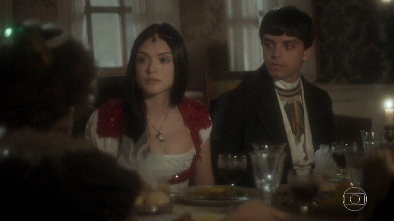 Anna e Piatã falam sobre o misterioso desaparecimento de seu pai Edward no Brasil