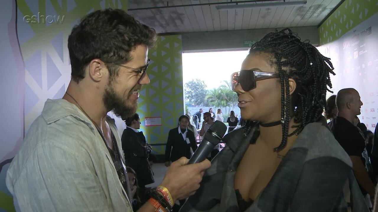 Ludmilla detalha encontro com Rihanna e foto com a diva