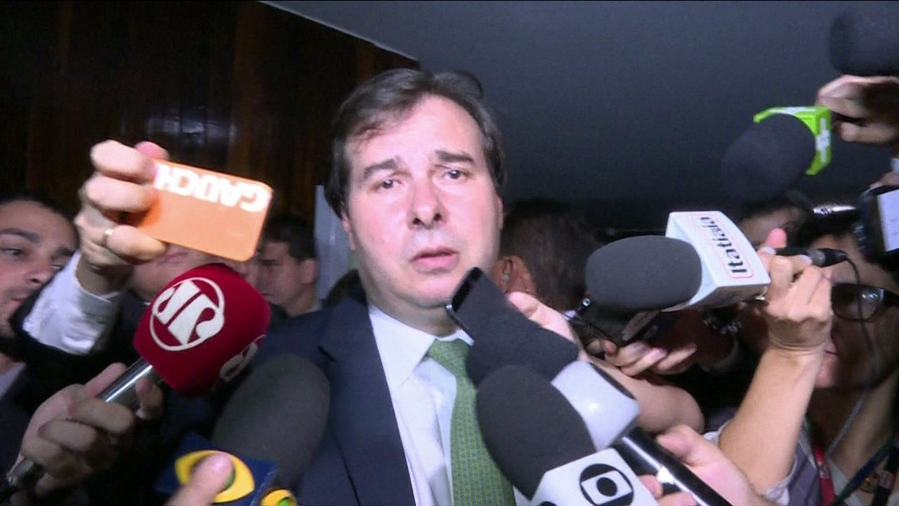 Rodrigo Maia, alvo de inquéritos, diz que trabalhos no Congresso seguirão normalmente