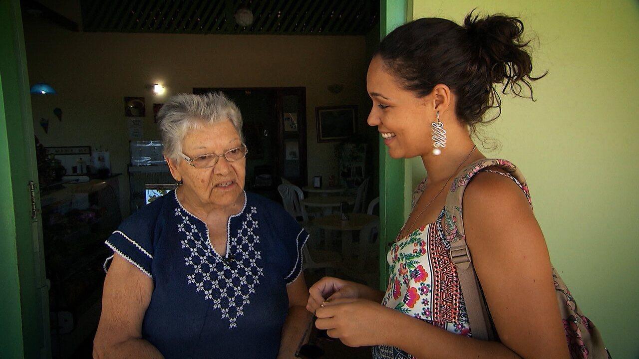 Em Mangue Seco, equipe do Pé na Pista conhece cenário da novela Tieta e come moqueca