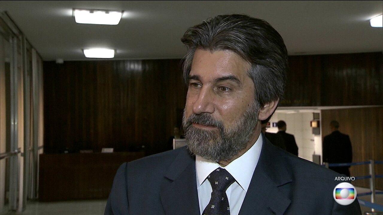 Raupp é suspeito de receber propina nas obras das usinas do Rio Madeira