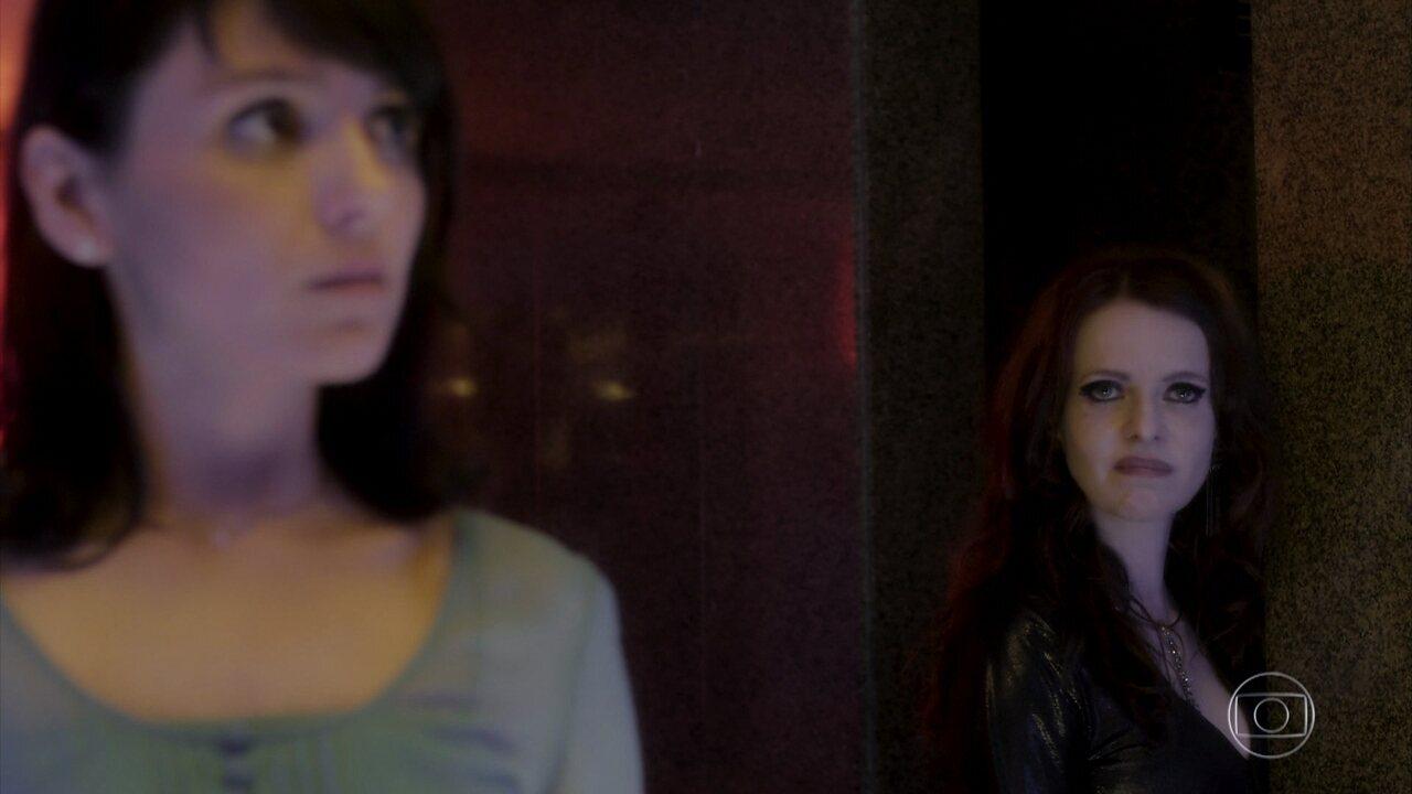 Lucy afirma que Abel está manipulando Celeste