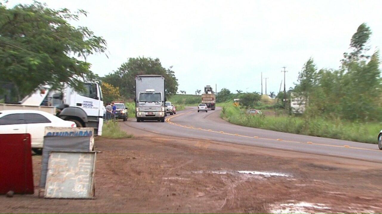 Quatro pessoas morreram em acidentes nas rodovias da região oeste