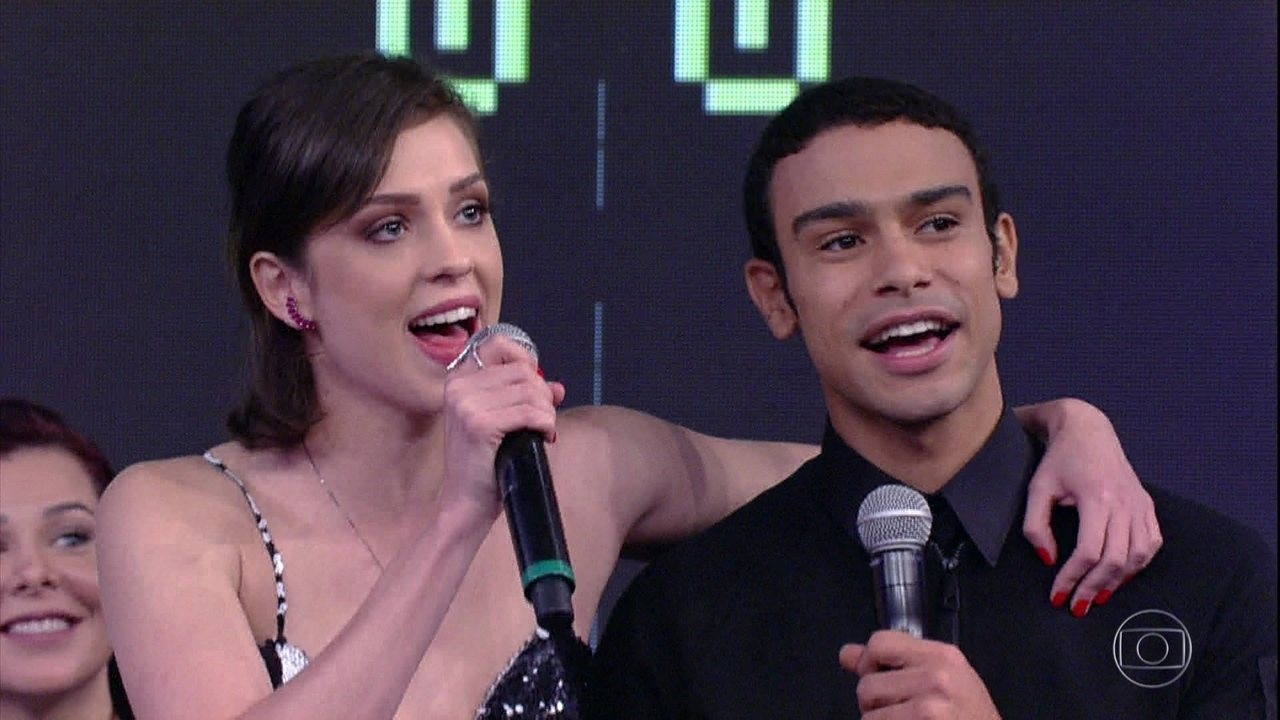 Sophia Abrahão e Sérgio Malheiros acertam música
