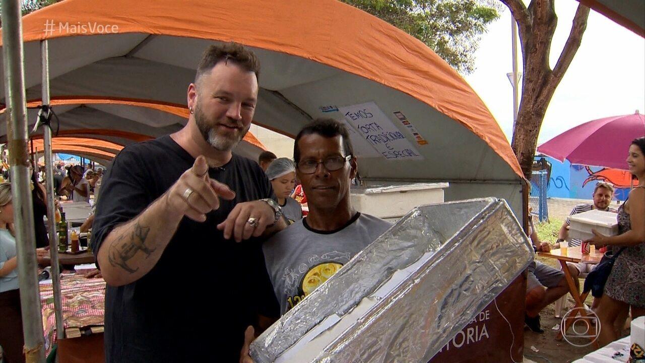Jimmy McManis foi conhecer o festival de Torta Capixaba