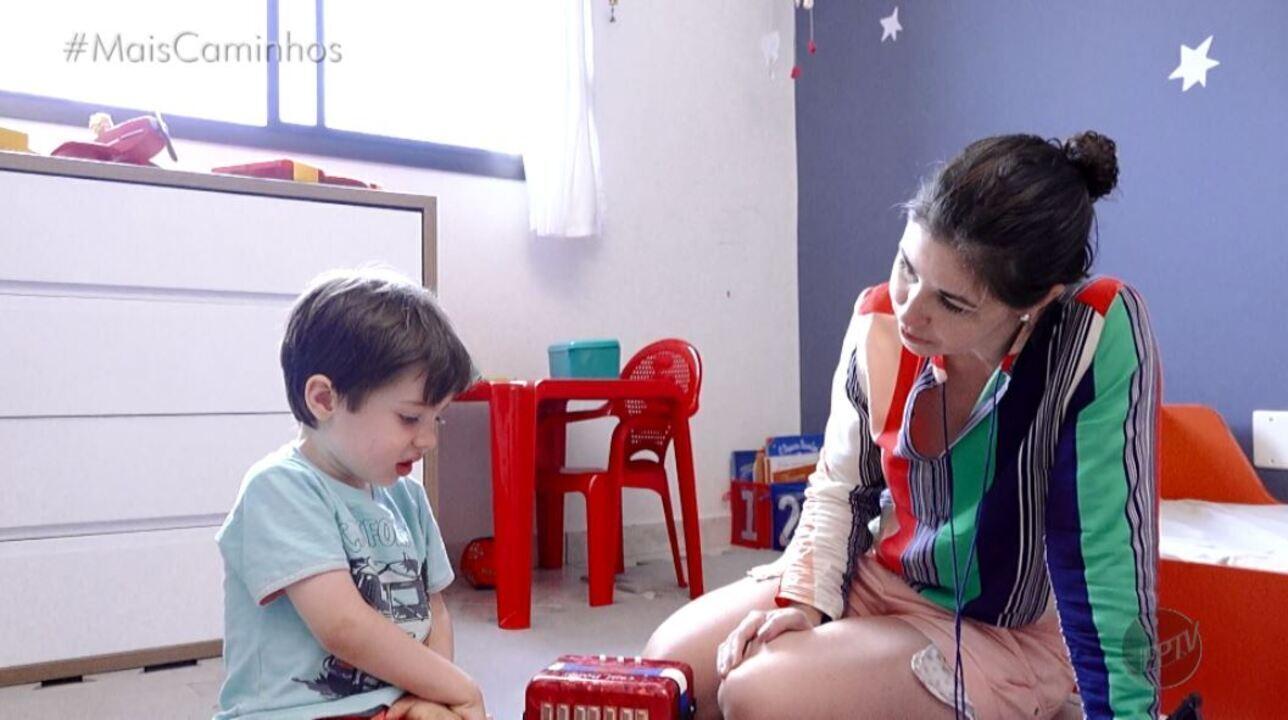 Cantora produz CD em homenagem ao filho