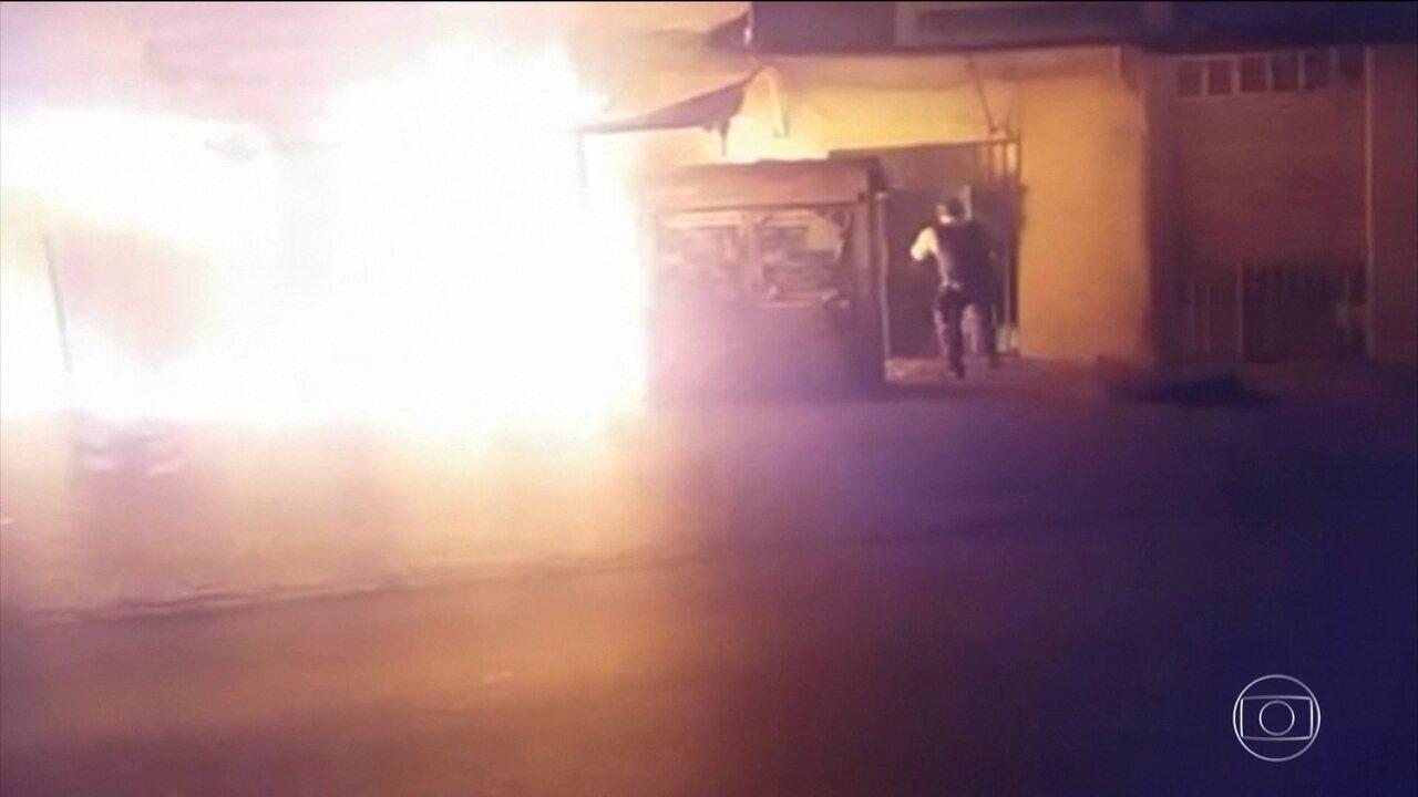 PM arrisca vida para salvar 20 pessoas de um incêndio em Samambaia, no DF