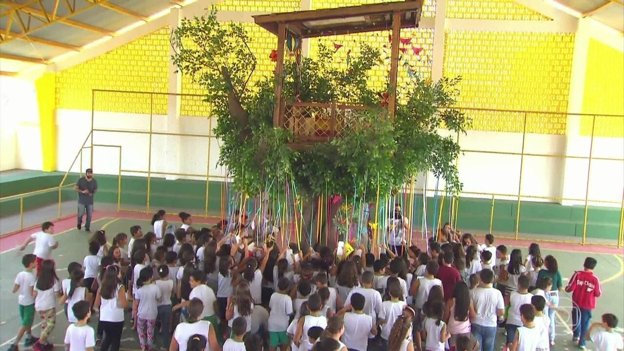 Confira a estreia do quadro 'Árvore dos Desejos'