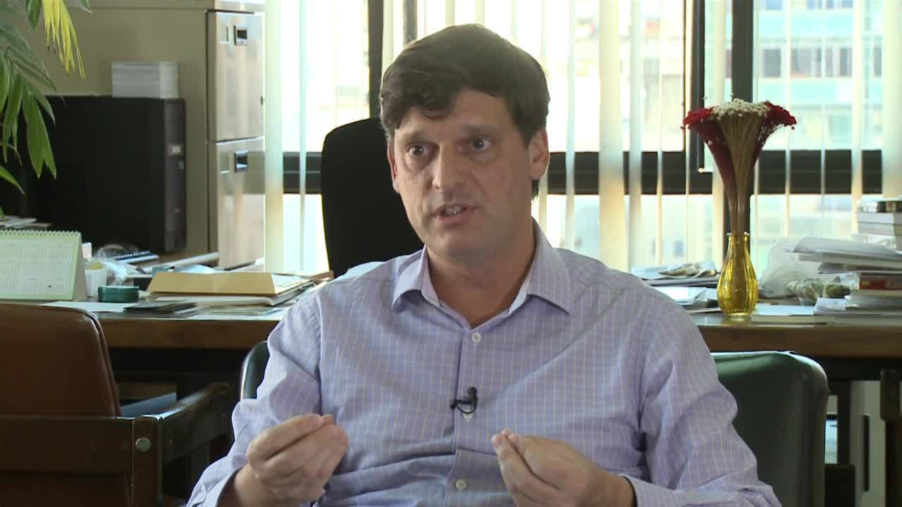 Secretário André Sturm diz que bibliotecas serão prioridade da gestão