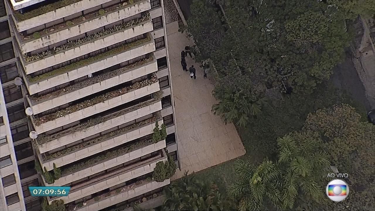Apartamento de Aécio Neves é alvo de buscas da PF em Belo Horizonte
