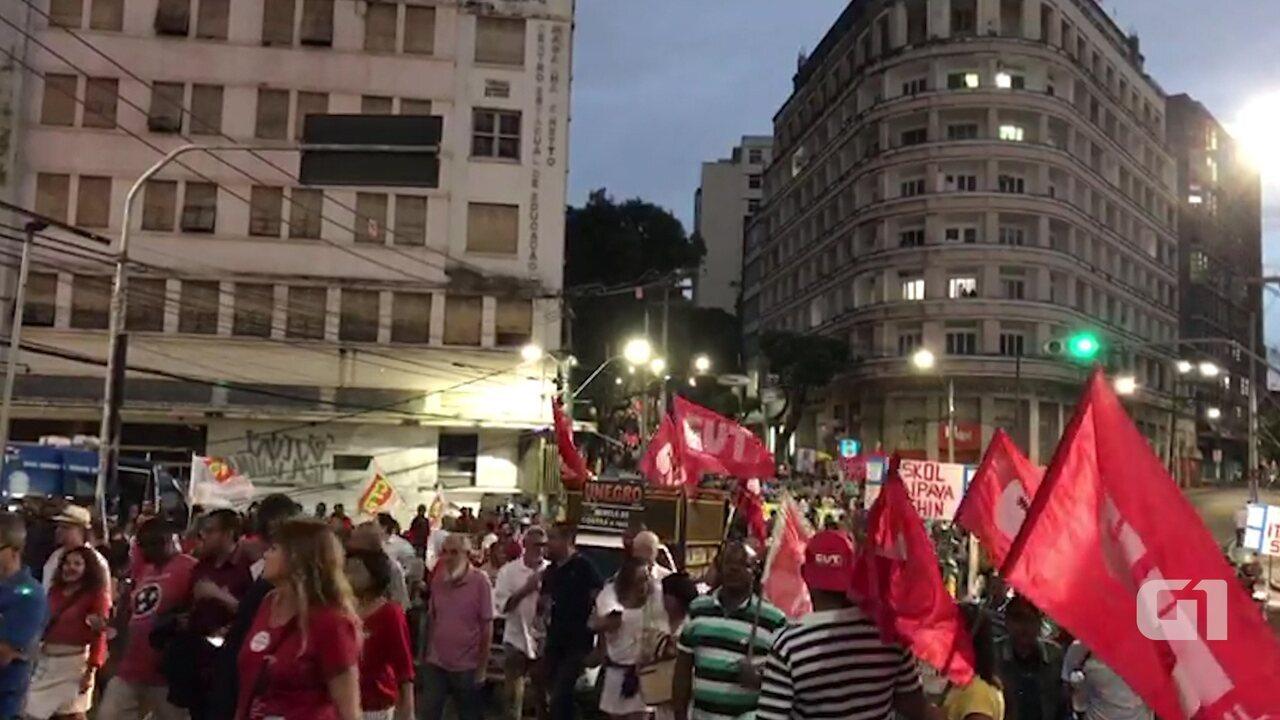 Protesto contra Temer e pelas diretas já é realizado em Salvador