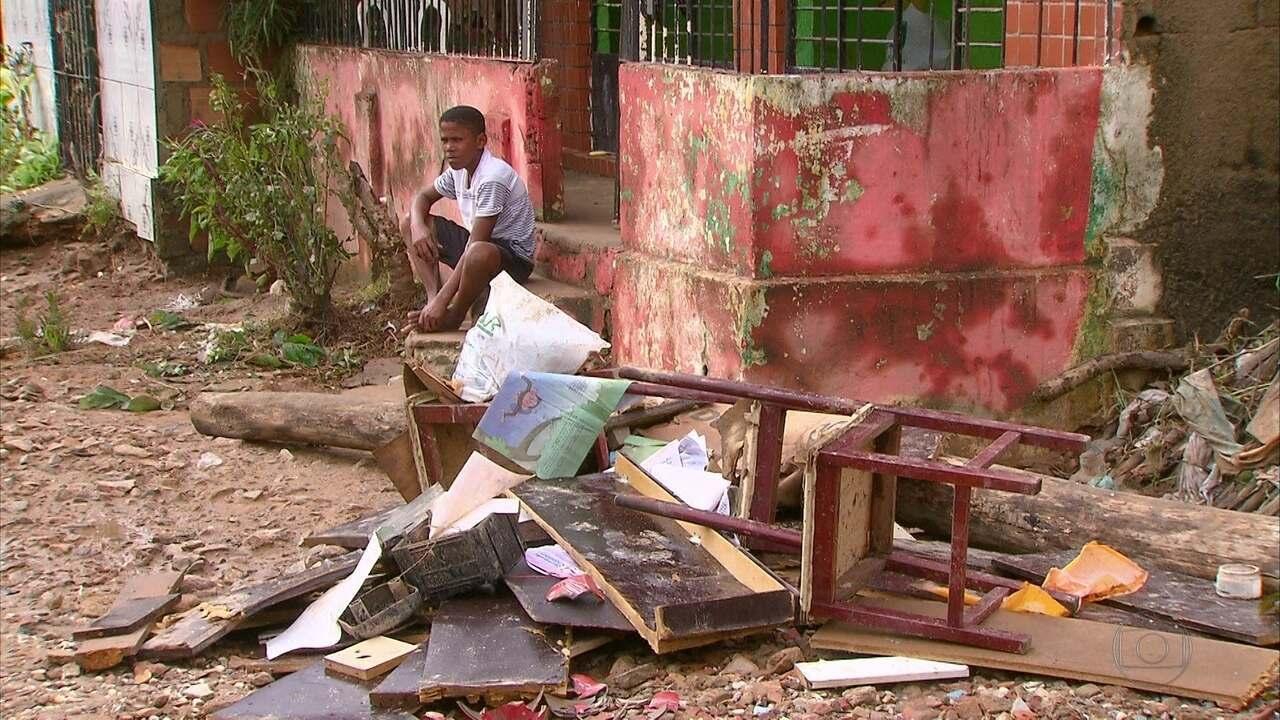 Enchente atinge dez mil pessoas no município de Rio Formoso, na Mata Sul de Pernambuco