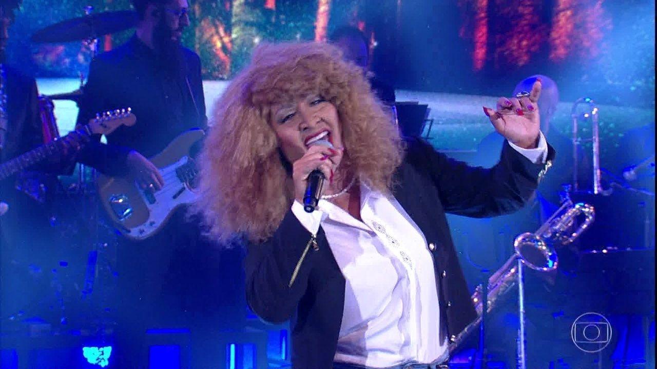 Nelson Freitas surpreende como Tina Turner