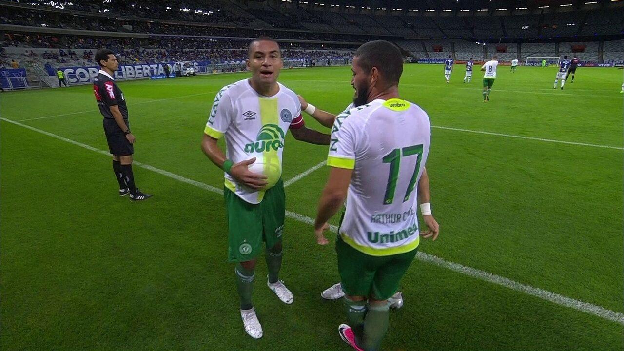 Os gols de Cruzeiro 0 x 2 Chapecoense pelo Campeonato Brasileiro